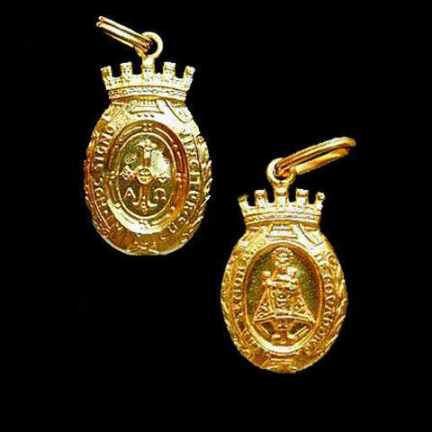 Artesania Asturiana -  Medalla Virgen de Covadonga almena -peso 3.80g.  - Editorial Picu Urriellu
