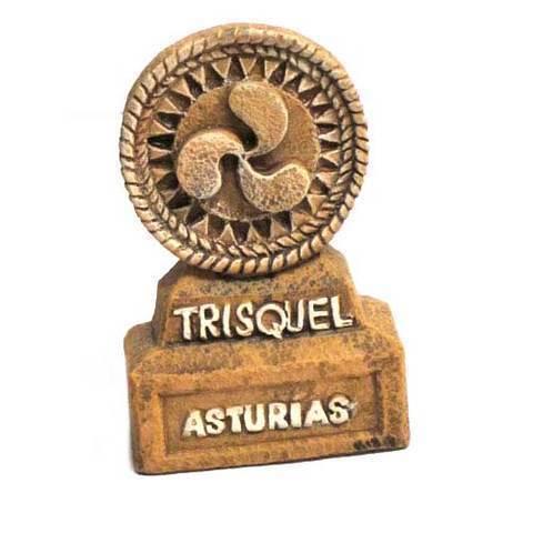 Artesania Asturiana -  Trisquel con base ceramica  - Editorial Picu Urriellu