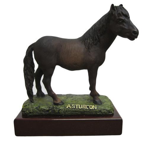Artesania Asturiana -  Asturcon con peana - Editorial Picu Urriellu