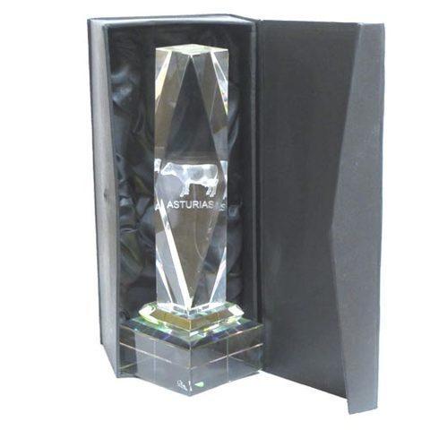 Artesania Asturiana -  Monolito cristal vaca  - Editorial Picu Urriellu