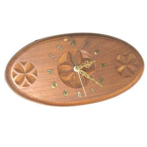 Artesania Asturiana - Reloj con flores galanas talladas oval - Editorial Picu Urriellu