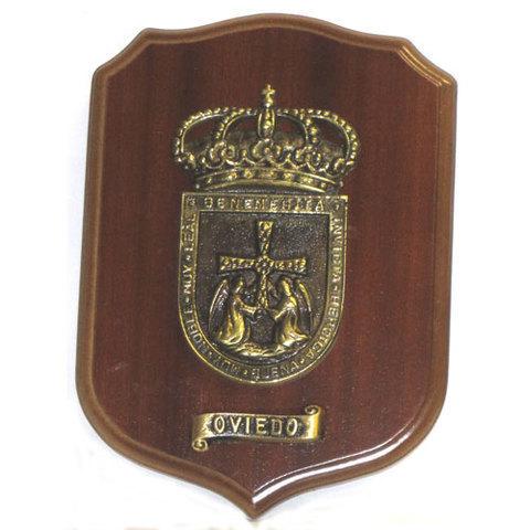 Artesania Asturiana - Metopa escudo de Oviedo - Editorial Picu Urriellu
