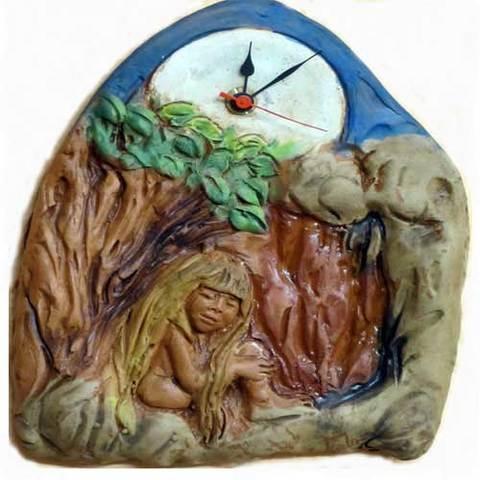 Artesania Asturiana - Reloj colgar xana - Editorial Picu Urriellu