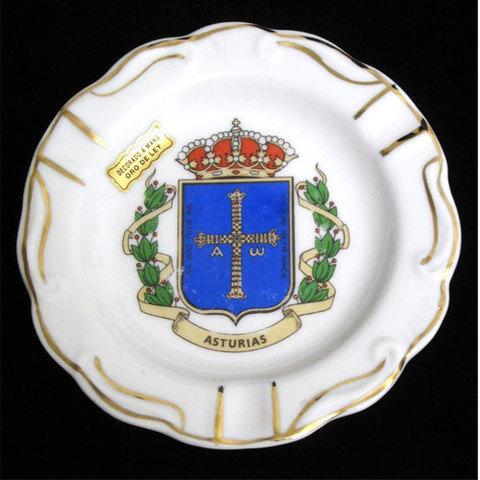 Artesania Asturiana - Cenicero redondo plano - escudo de Asturias - Editorial Picu Urriellu