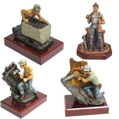 Artesania Asturiana - Figuras de mineros - Editorial Picu Urriellu