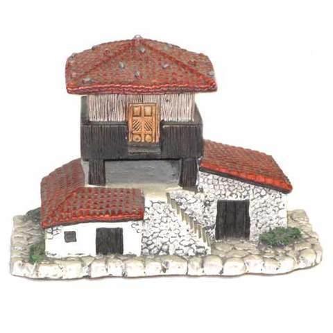 Artesania Asturiana - Casa con horreo - Editorial Picu Urriellu