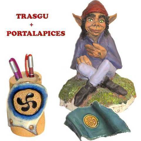 Artesania Asturiana - Figura Trasgu + Portalapices motivo celta - Editorial Picu Urriellu