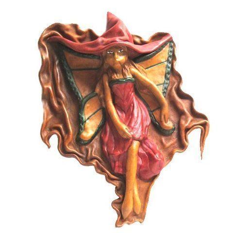 Artesania Asturiana - Xana mariposa cuero artesanal - Editorial Picu Urriellu