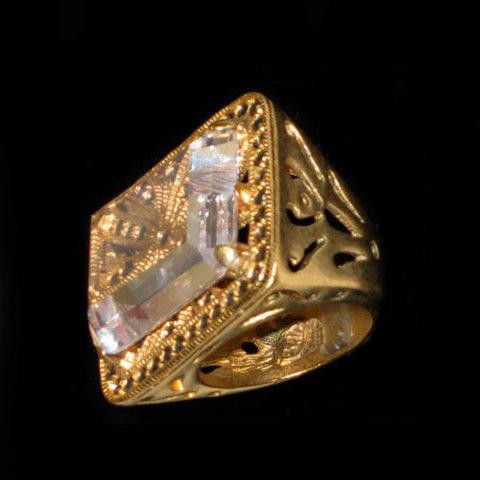 Artesania Asturiana - Anillo plata bañado en oro sello con cristal - Editorial Picu Urriellu