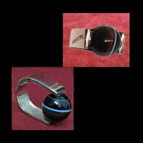 Artesania Asturiana - Anillo plata diseño con piedra redonda negra - Editorial Picu Urriellu