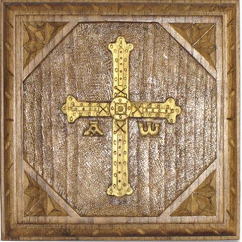 Artesania Asturiana - Tabla cruz de la Victoria tallada - Editorial Picu Urriellu