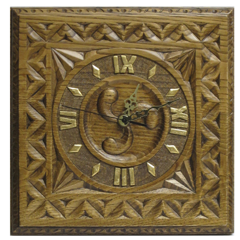 Artesania Asturiana -  Reloj cuadrado talla trisquel  - Editorial Picu Urriellu