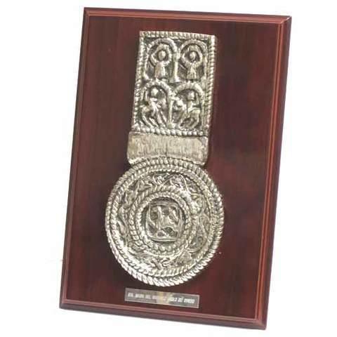 Artesania Asturiana -  Santa Maria Naranco medallon -placa sobremesa - Editorial Picu Urriellu