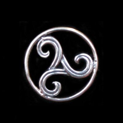 Pins plata motivos celtas