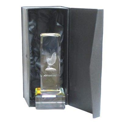 Monolito cristal Urogallo cubico