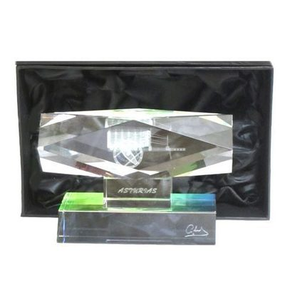 Monolito cristal carro - horizontal
