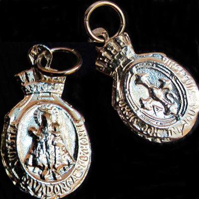 Medalla almena pequeña