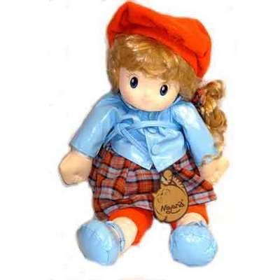 Muñeca boina musical - vestido azul claro