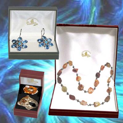 Collar de Carneola , pendientes y anillos de circonitas y piedras naturales