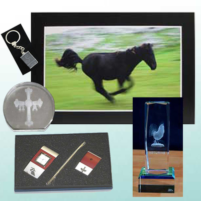 Fotografia original, Juego reloj/portabolis, Monolito, figura y llavero cristal