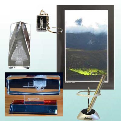 Fotografia original, Postabolis, monolito, figura y llavero cristal