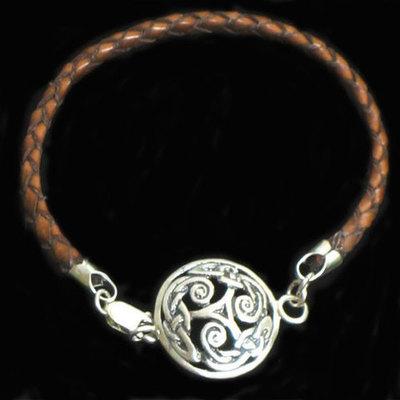 Pulseras plata y cuero motivos celtas