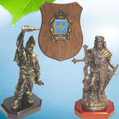 Escudo Asturias, Escanciador y Pelayo
