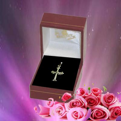 Colgante Cruz de la Victoria oro pequeña