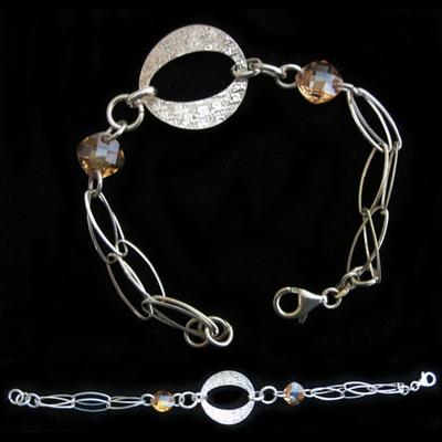 Pulsera plata y una argolla con cadena diseño y piedras naturales color campagne