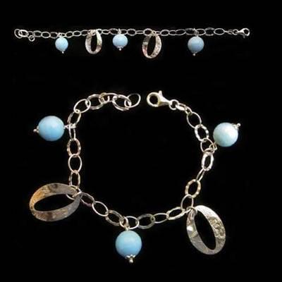 Pulsera plata 3 bolas redondas y azules con 2 argollas
