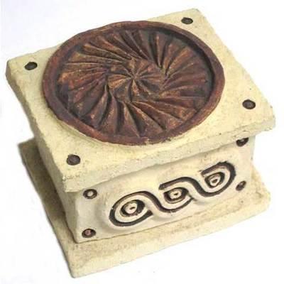 Caja joyero - motivos celtas - rectangular